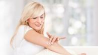 jak pozbyć się zrogowaciałej skóry na łokciach i kolanach